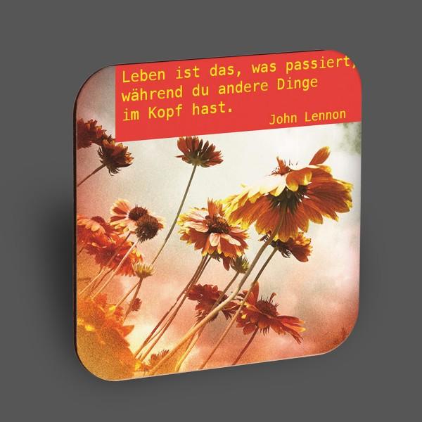 """Holzpostkarte """"Leben ist das, was passiert..."""""""