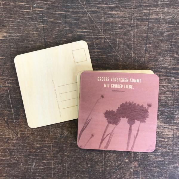 """Holzpostkarte """"Verstehen und Liebe"""""""